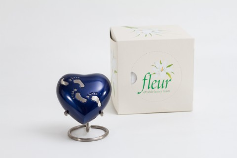 Heart and Star Keepsake Stands
